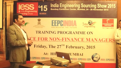 Mr. Rajat Srivastava, Regional Director, EEPC INDIA, Mumbai welcoming the Participants