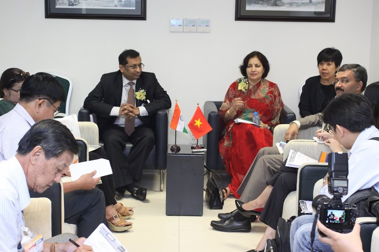HE Ambassador and Chairman, EEPC India meet the press