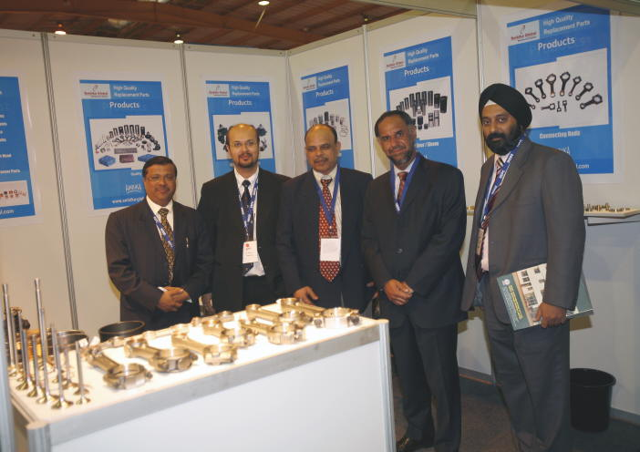 Dignitories at the booth of an exhibitor at INDEE 2007