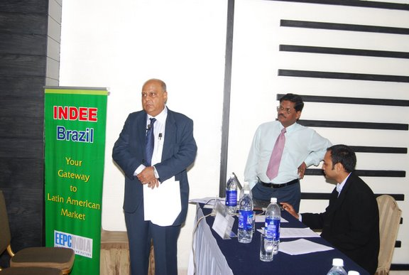 Shri R. Maitra, Executive Director briefing the participants about INDEE, Brazil..