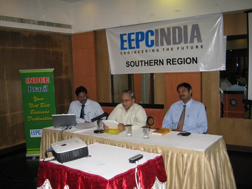Interaction with the participants by Shri Mahesh K. Desai, National Vice-Chairman, EEPC India..
