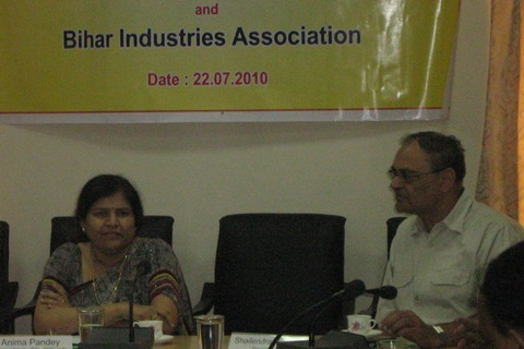 Mrs. Anima Pandey, Regional director, EEPC India, ER with Mr. S Singh, President, Bihar Industries Association