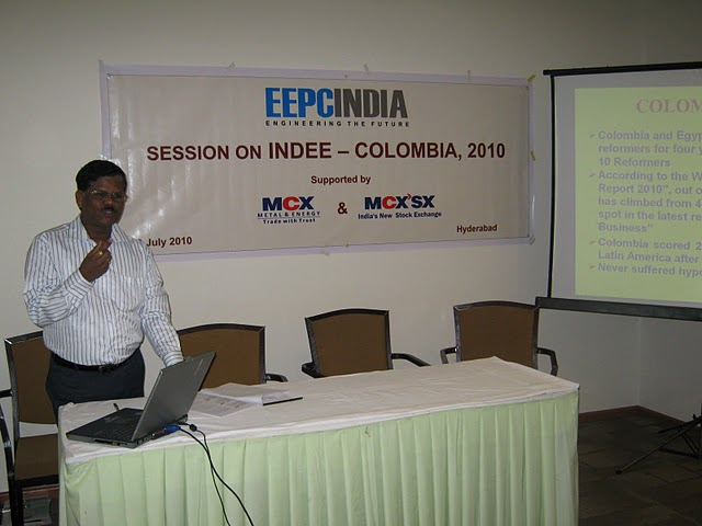 Shri M. Ganesan, Regional Director, EEPC India (S.R.) giving presentation on INDEE Colombia 2010