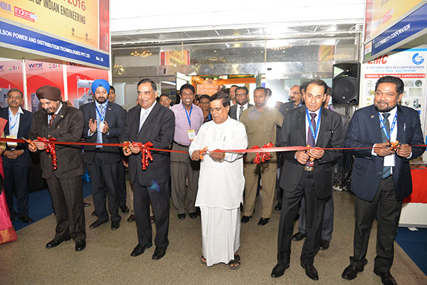 DIGNITARIES INAUGURATING INDEE SRI LANKA BY CUTTING THE RIBBON