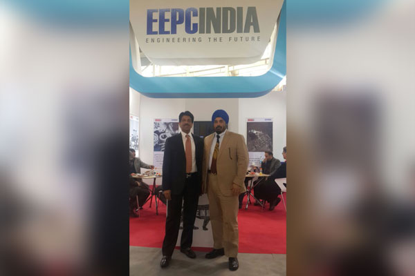 Chairman and Vice Chairman, EEPC India in a pleasant mood