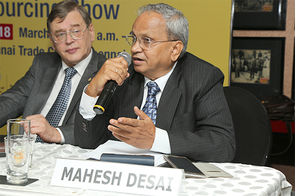 Shri Mahesh Desai, Regional Chairman (SR), EEPC India making a point