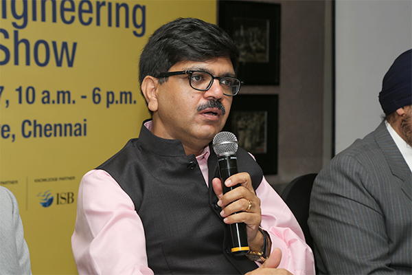 Shri Mangat Ram Sharma, IAS addressing the queries