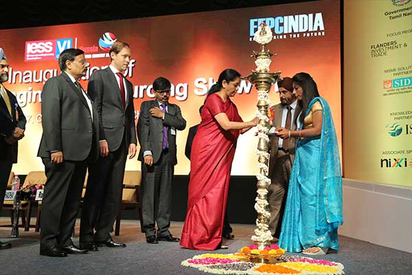 Lighting the lamp by Ms. Nirmala Sitharaman, Minister of State (Independent Charge) for Commerce & Industry, Govt. of India