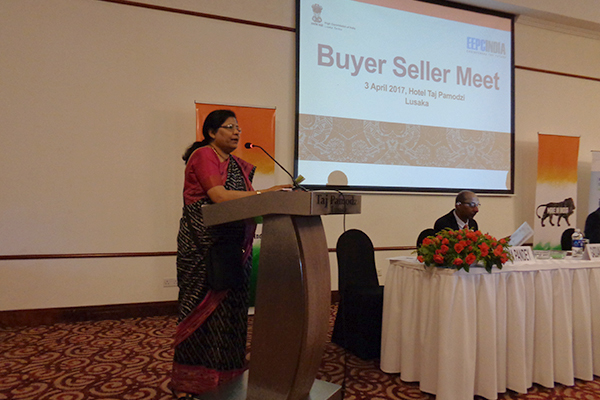 Mrs Anima Pandey, Regional Director(ER), EEPC India, introducing the Indian delegates