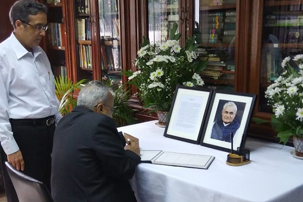 Senior Vice Chairman, EEPC India, Mr Mahesh K. Desai, signs condolence register in the Indian Embassy, Manila. Vice Chairman, EEPC India, Mr Arun Kumar Garodia is seen