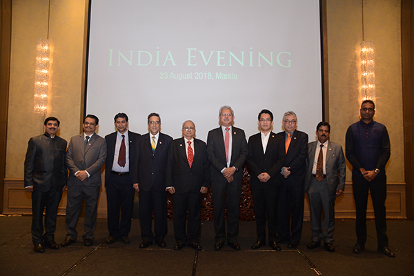Team EEPC India  with Indian Ambassador and President, Philippines-India Business Council during India evening