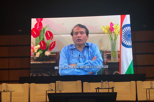 Mr Suresh Prabhu, Hon`ble Indian Minister of Commerce and Industry, Government of India addressing the inauguration of 32nd FIB - Bogota International Trade Show