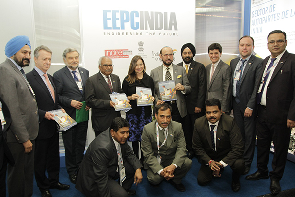 Vice Minister of Colombia visits EEPC India booth and Bilingual edition of ie2 launched in INDEE Colombia 2018 on September 24th 2018. Mr Ravi Bangar, Indian Ambassador to Colombia and Ecuador and Mr Ravi Sehgal, Chairman, EEPC India; Mr Aman Chadha, Chairman of the Committee on LATAM, EEPC India; Mr Suranjan Gupta, Executive Director, EEPC India; Mr  Gurvinder Singh, Director (Exhibitions), EEPC India; Mr Rajat Srivastava, Regional Director (WR) & Director (Marketing & Sales), EEPC India; Mr Rakesh Suraj, Regional Director (NR), EEPC India  present among others