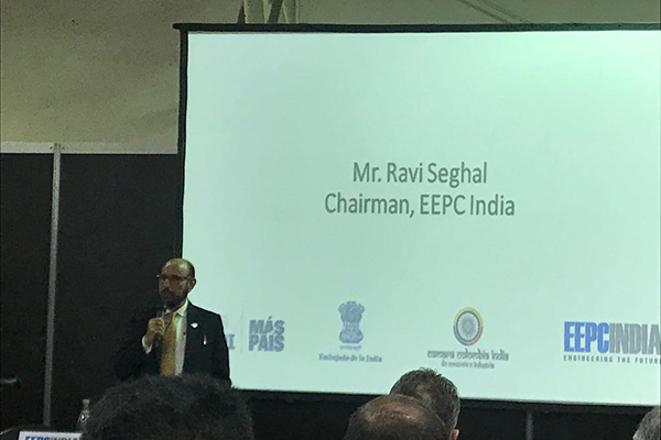 EEPC India Chairman Mr. Ravi Sehgal addresses the bilateral forum on India Colombia Business Partnership for the Future at Corferias Auditorium