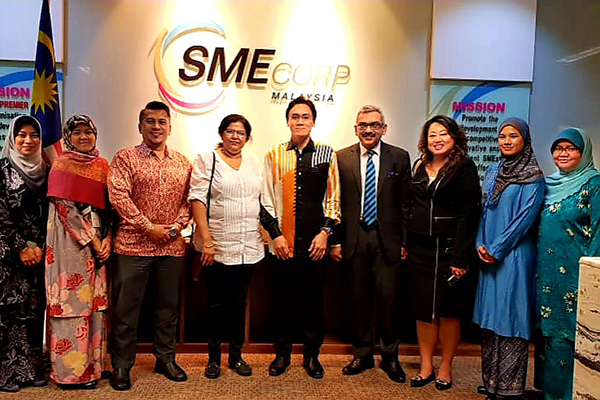 Ms Anima Pandey, Regional Director ( ER) & Director ( Membership) , EEPC India  and Mr Sooraj Dhawan, Director, Falcon Exhibitions Pvt Ltd; meet SME Corp in Malaysia (SME Corporation Malaysia is a Central Coordinating Agency under the Ministry of International Trade and Industry Malaysia)