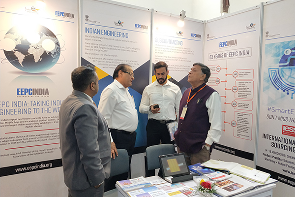 Mr. K. L. Dhingra, Regional Chairman (WR), EEPC India interacting with the visitors at EEPC India booth. Mr. Mukesh Samtani, Assistant Director, EEPC India, Regional Office, Mumbai is also present at the extreme left.