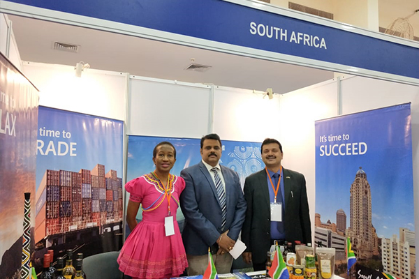 Mr. Rajat Srivastava, Regional Director (WR) & Director (Marketing & Sales), EEPC India with Mr Rajan Kumar, Advisor - Business Development & Ms Lerato Mashile, Consul-Political,  Department of Trade and Industry South Africa