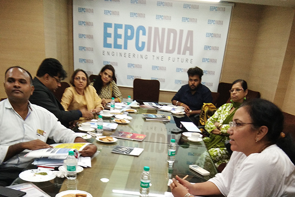 Ms Varsha Baria, Executive Officer, EEPC India, Regional Office, Mumbai welcoming the new members and making presentation on EEPC India