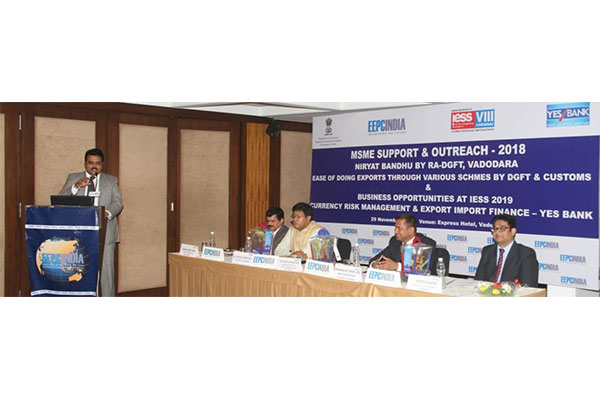 Mr. Rajat Srivastava, Regional Director (WR) & Director (Marketing & Sales), EEPC India making a presentation on IESS 2019