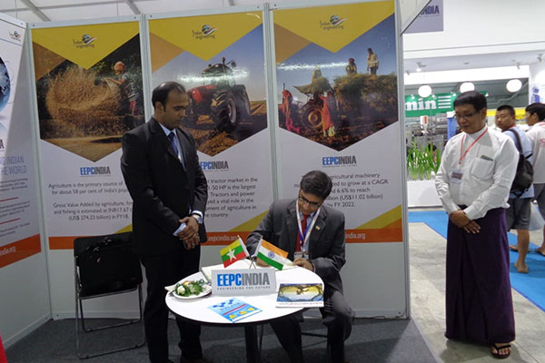 H.E. Mr Vikram Misri, Indian Ambassador to Myanmar signing Visitors` book in EEPC India booth