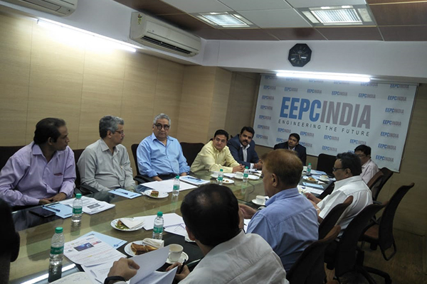 Mr. P. C. Shah, Chairman, Committee on Trade with CIS countries, EEPC India interacting with member-exporters in the 1st Meeting of Committee on trade with CIS countries organized by EEPC India (WR). On his right, Dr. Rajat Srivastava, Regional Director & Director (Marketing & Sales), EEPC India (WR) and Mr. Pratap Bharda, Executive Officer, EEPC India (WR) are seen along with some members.