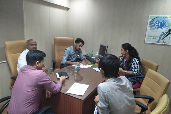 Mr. Rajesh Solanki, Superintendant, JNCH (left centre) interacting with the members present at the opposite side. On his left, Mr. Sumit Kumar, Preventive Officer, JNCH; and on his right, Mr. Swapnil Bobhate, Assistant, EEPC India is also present.