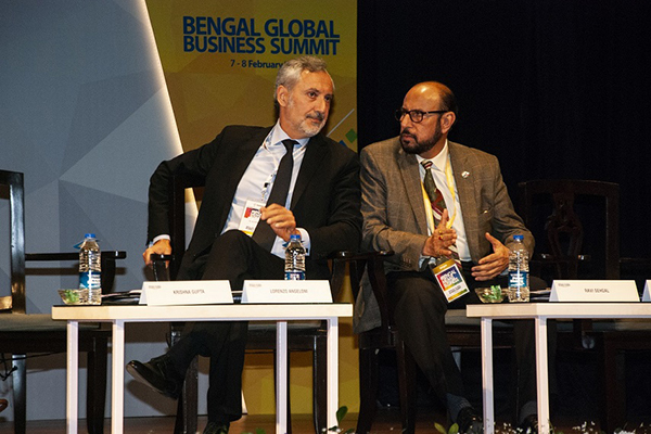 Mr. Ravi Sehgal, Chairman, EEPC India interacted with Mr. Lorenzo Angeloni, Ambassador of Italy in India at the 5th Bengal Global Business Summit organised by Government of West Bengal from Thursday, the 7th February to Friday, the 8th February, 2019 at the Biswa Bangla Convention Centre in Rajarhat (New Town), Kolkata.