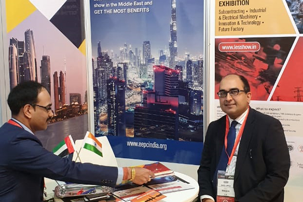 Mr Vipul, Consul General of India in Dubai, UAE visits at EEPC India Booth.