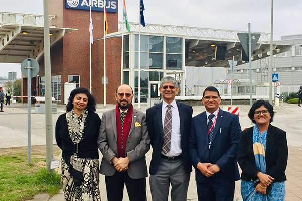 EEPC India Chairman, Mr. Ravi Sehgal along with Dr. A. R. Sihag, Secretary, Department of Heavy Industry visits Airbus facility in Hamburg. Mr. M. L. Raigar, CGI, Hamburg, Ms. Sukriti Likhi, JS, DHI and Ms. Pallavi Saha, Sr. Deputy Director, EEPC India also  present.