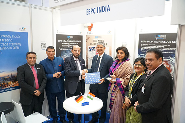 Mr Ravi Sehgal, Chairman, EEPC India (3rd from left) is presenting memento to Dr A R Sihag, Secretary, Department of Heavy Industry, Government of India (4th from right and to his left). Ms Sukriti Likhi, Joint Secretary, Department of Heavy Industry, Government of India; Ms Pallavi Saha, Sr Deputy Director, EEPC India; Mr M L Raigar, Consul General of India, Hamburg (2nd from left); and Mr Mukesh Samtani, Assistant Director, EEPC India is far left are present.