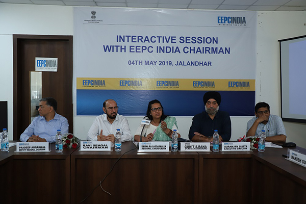 A programme of Interaction with the Chairman of EEPC India was organised in SRO Jalandhar on 4th May, 2019. On the dais (L-R), Mr. Pradeep Aggarwal, Dy. Regional Chairman (NR), EEPC India; Mr. Ravi Sehgal, Chairman, EEPC India; Mrs. Kamna Raj Aggarwalla, Regional Chairperson (NR); Mr. Gunit S. Rana, Dy. Regional Chairman (NR) and Mr. Suranjan Gupta, Executive Director, EEPC India are attending the programme.