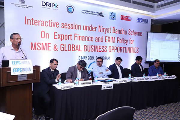 Mr. J. N. Mangla, President, Gurgaon Industrial Association is giving Welcome Address in the Interactive session under Niryat Bandhu Scheme on Export Finance and Exim Policy for MSME & Global Business Opportunities. On the dais (L-R) Mr. Rajesh Khandelwal, CA and Regional Committee Member, EEPC India (NR); Mr. Sanjay Beswal, Exim Consultant and  Regional Committee Member, EEPC India (NR); Mr. Rakesh Suraj, Regional Director (NR), EEPC India; Mr. Aman Singh Lohan, Asstt. DGFT, CLA, New Delhi; Mr. Vikas Yadav, Business Development Manager, Drip Capital; and Mr. Ashok Kumar Kohli, President, Chamber of Industries of Udyog Vihar, Gurgaon are present.