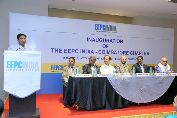 Mr. Suranjan Gupta, Executive Director, EEPC India is delivering his speech at the seminar on Inauguration of EEPC India Coimbatore Chapter organized by EEPC India (SR).