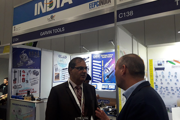 Mr. Rakesh Malhotra, Consul General of India, Melbourne, Australia touring in India Pavilions and interacting with some overseas delegates in the fairground.