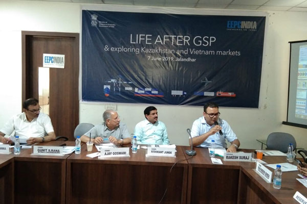 EEPC India (SRO), Jalandhar Office had organised a session on `Life after GSP  & Exploring  Kazakhstan and Vietnam Markets` over 7th June  in Jalandhar. The Speakers were Mr Ajay Goswami, Convener - Hand Tools Panel; Mr Tarun Sharma, Member; Mr. Rakesh Suraj, Regional Director, EEPC India (RO), New Delhi; Mr. Nishikant Jumde, Sr Joint Director and Mr. Opinder Singh, Deputy Director, EEPC India (SRO), Jalandhar.