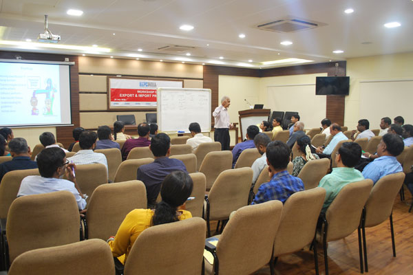 Mr Venkataraman, founder, Freight Club, making presentation on Exports and Imports Procedure before the audience.