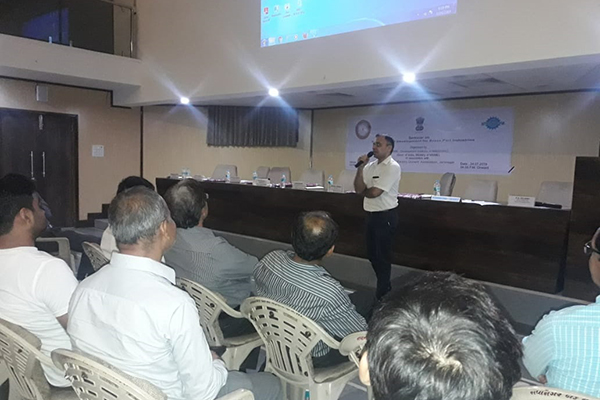 Mr Mayank Krishna, Assistant Director, EEPC India addressing audience about the EEPC India initiative of Technology Upgradation and Export Opportunities