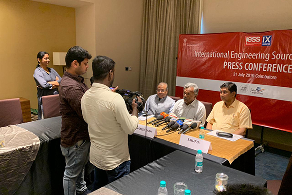 Dr S Chandrasekhar, Coimbatore Chapter Convenor, EEPC India interacting with the Press. On his right Mr Rakesh Shah, Former Chairman & Chairman, Publicity, Exhibition & Delegation Committee, EEPC India and on his left Mr Suranjan Gupta, Executive Director, EEPC India.