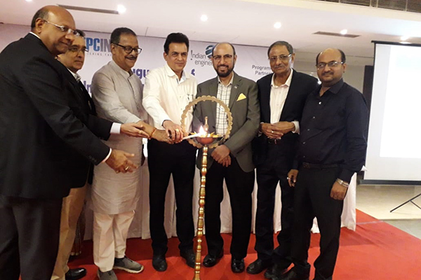 Mr Moloy Ghatak, Minister in Charge (Labour, ESI, Judicial and Law Department), Government of West Bengal (3rd from left) and (on his left) – Mr A. V. Kamlakar, Chief Executive Officer, IISCO Steel Plant, SAIL (DSP ASP) are lighting the lamp and inaugurating the West Bengal Asansol Chapter. Dignataries present are (left) –  Mr G K Madhogaria, Dy Regional Chairman (ER), EEPC India; (next to him) –  Mr Arun Kumar Garodia, Vice Chairman, EEPC India; (3rd from right) –  Mr Ravi Sehgal, Chairman, EEPC India; (on his left) Mr L P Gupta, Convenor, EEPC India Asansol Chapter & Dy Regional Chairman (ER), EEPC India and (extreme right) – Mr Sandeep Bhalotia, President, Raniganj Chamber of Commerce.