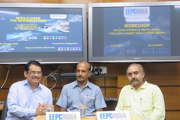 Mr C H Nadiger, Regional Director (SR) , EEPC India welcomed participants & gave the welcome note on the new initiative taken by this office, for the betterment of exports. (To his left) Mr A N Gireeshan, Working Committee Member (SR) informed the participants that such workshop will help the members to do market analysis for the company`s market strategy in their international market and thanked the EEPC team to arrange such programme.  Mr S Rajagopalan, Sr. Dy. Director, EEPC India (SR) is on right.