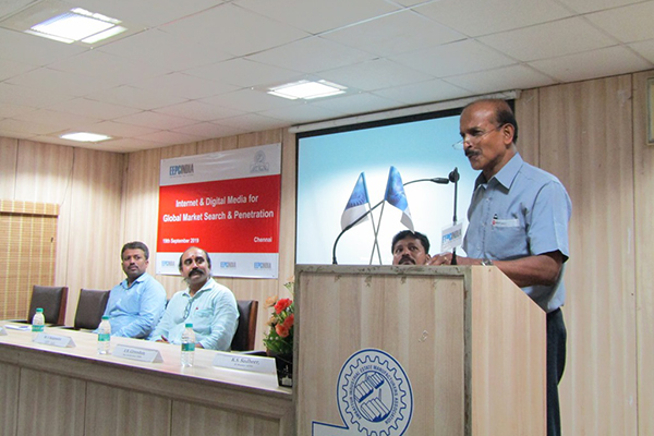 Mr Gireeshan, WC Member, EEPC India (SR) delivering his welcome address. On the dais Mr. S. Rajagopalan, Sr. Deputy Director, EEPC India (SR) is seen with other dignitaries.