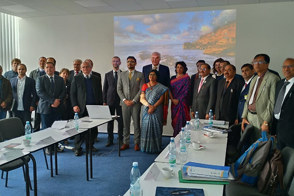 6th meeting of Indo Czech JWG in Heavy Engineering & Advanced Manufacturing with  Chairs Department of Heavy Industry, Government of India , Joint Secretary,Ms Sukriti Likhi (to the left of the gentleman at the centre)  & Ministry of Industry & Trade of Czech Republic,Senior  Director General Mr. Richard Hlavaty ( at the centre- the tallest gentleman). Ms Pallavi Saha, Sr Deputy Director, EEPC India ( at the front)