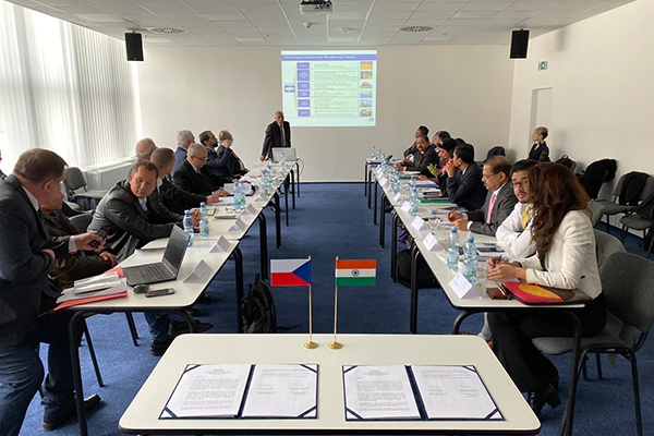 6th meeting of Indo Czech JWG in Heavy Engineering & Advanced Manufacturing with  Chairs Department of Heavy Industry, Government of India , Joint Secretary,Ms Sukriti Likhi & Ministry of Industry & Trade of Czech Republic,Senior  Director General, Mr. Richard Hlavaty
