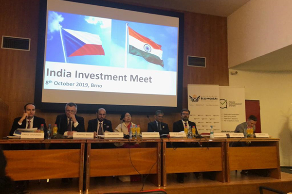 India Investment Meet was organised  by EEPC India,Indian Embassy in Prague, DHI&Czech Chamber of Commerce  . On the dais  from Left - Mr Pavel Chovanec, Director, Czech Invest; Mr Borivoj Minar, Vice President, Czech Chamber of Commerce; Mr Ravi Sehgal, Chairman, EEPC  India ;H.E. Mrs Narinder Chauhan, Indian Ambassador to the Czech Republic; Dr A .R. Sihag, Secretary, Department of Heavy Industry, Government of India ; Mr Vladimir Bartl, Hon`ble Deputy Minister, Ministry of Industry and Trade, The Czech Republic ; Ms Sukriti Likhi, Joint Secretary, Department of Heavy Industry, Government of India  and Ing Libor Musil, Member of the Board, AMSP-CR (Association of Small and Medium-Sized Enterprises and Crafts of the Czech Republic (AMSP CR – Asociace malých a stredních podniku a živnostníku CR)