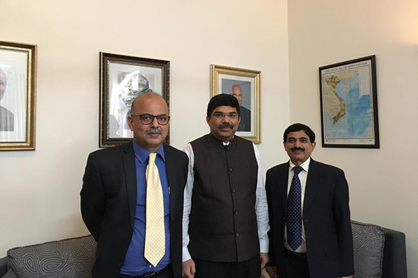 EEPC India Additional Executive Director & Secretary, Mr Adhip Mitra (far left) & Sr Jt Director,Mr Nishikant Jumde (far right)met Consul General of India in Ho Chi Minh City, Vietnam, H.E.Dr.K.Srikar Reddy at Consulate General of India in Ho Chi Minh