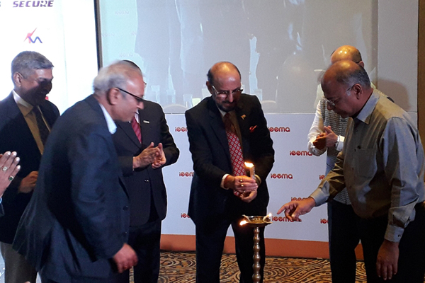 Mr. Ravi Sehgal, Chairman, EEPC India is lighting the inaugural lamp along with other dignitaries at a session on `Exports -Pathway to Mission 5 Trillion` is organised by IEEMA (Indian Electrical and Electronics Manufacturers Association).