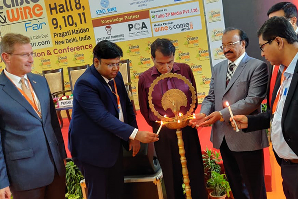 The Chief Guest, Mr. Suresh Prabhu, Former Hon`ble Minister of Commerce & Industry, Government of India is lighting the Lamp at the inauguration of 3rd International Cable and Wire fair in New Delhi.