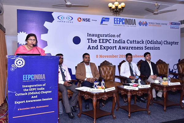 Ms Anima Pandey, Regional Director (ER) & Director (Membership), EEPC India is making a presentation during Export Awareness Session which followed the Inaugural Session