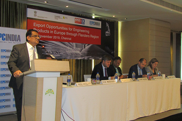 Mr. C.H. Nadiger, Regional Director, EEPC India (SR) is making a presentation on Export Opportunities for Engineering Products through Flanders