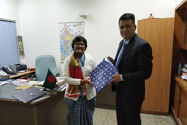 Ms. Pallavi Saha, Sr. Dy. Director, EEPC India in a meeting with Dr. A. K. M Atiqul Haque, Commercial Counsellor, Bangladesh High Commission, New Delhi